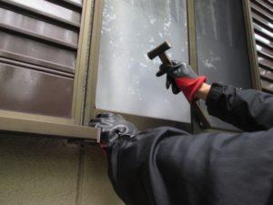 空き巣と窓ガラス