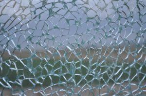 ガラスの熱割れ