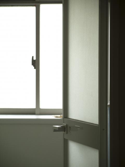 お風呂場ドアガラス